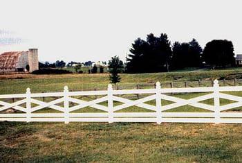 5 Rail Crossbuck Vinyl Ranch Rail Fence Photo 1