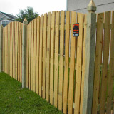 Scallop Cut Wood Semi-Privacy Fence Style v2