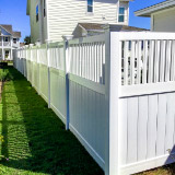 Spindle Top Vinyl Privacy Fence Style v2